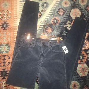 NWT Gap Women's Modern Stretch True skinny jeans
